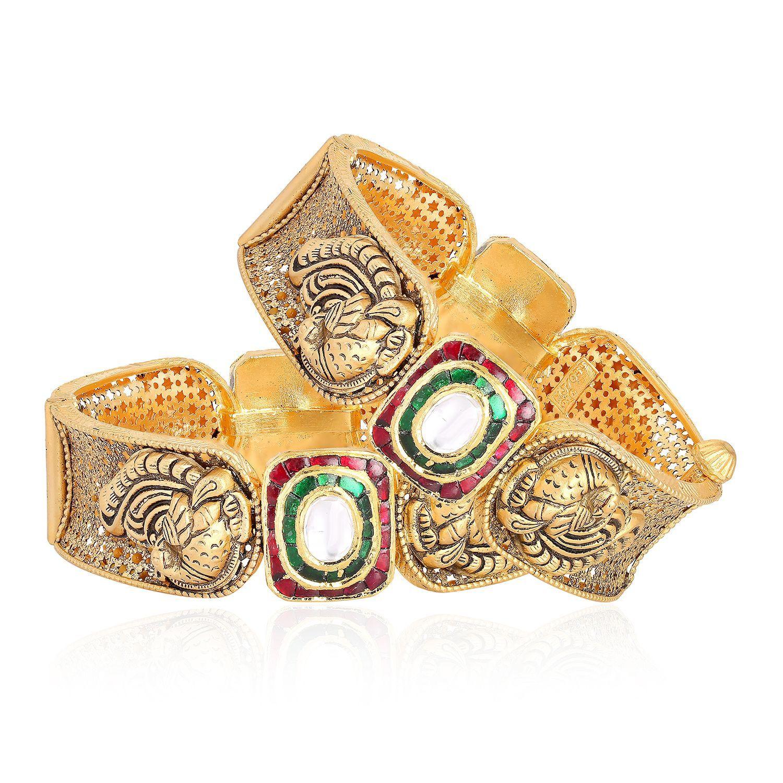Gujarati Bride Ethnix Gold Bangle Set BSBAGEANKDBSA002